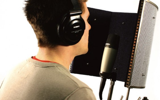 Microphone sound absorption and reflection.