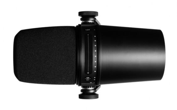 Shure MV7 – premium dynamic USB mic… worth it?